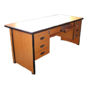 Executive Table: With Double Pedestal High Pressure Laminated MDF -/ Metal Frame MF-2